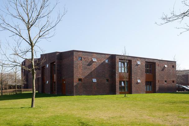 Woningbouw Druivenhof / Housing Druivenhof ( Van den Berg Architecten )