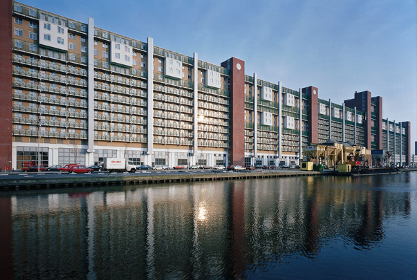 Woningbouw Slachthuisterrein Den Haag / Housing Slachthuisterrein Den Haag ( A. Rossi (Studio di Architettura) )