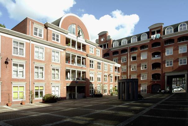 Woningbouw De Liefde / Housing De Liefde ( Ch. Vandenhove )