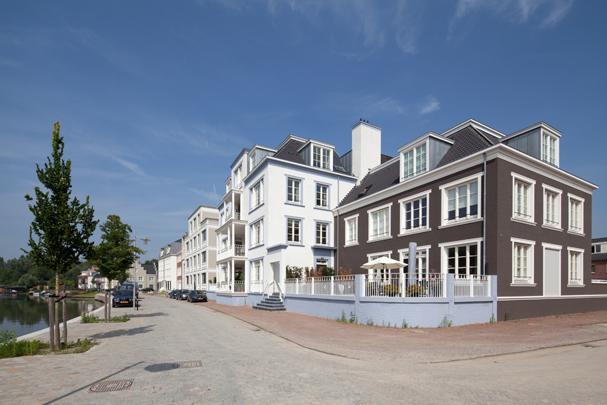 Woningbouw Op Buuren / Housing Op Buuren ( Mulleners + Mulleners i.s.m. diverse architecten )