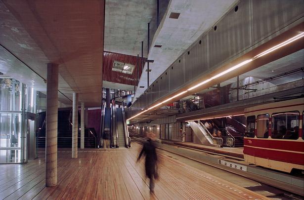 Souterrain / Service Tunnel ( OMA )