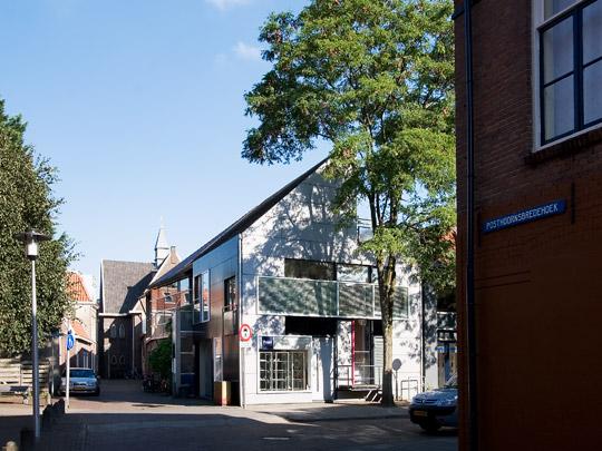 Woonhuis met werkplaats Zwolle / Private House and Workshop Zwolle ( R.H.M. Uytenhaak )