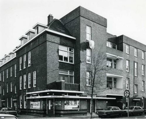 Woningbouw Spangen Blok VIII & IX / Housing Spangen Block VIII & IX ( J.J.P. Oud )