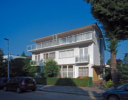 Dubbel woonhuis Essenlaan 77-79 / Double Private House Essenlaan 77-79 ( W. van Tijen )