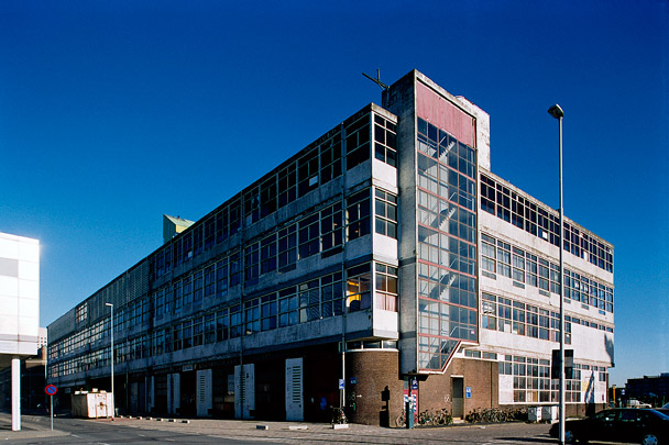 Werkplaatsengebouw Holland-Amerika Lijn (Las Palmas) / Workshop Building Holland-Amerika Lijn (Las Palmas) ( Van den Broek & Bakema )