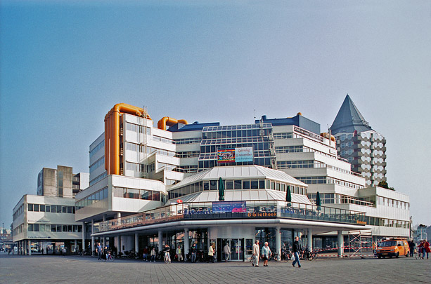 Centrale Bibliotheek Rotterdam / Central Library Rotterdam ( Van den Broek & Bakema )