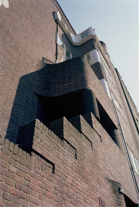 Woningbouw Holendrechtstraat  / Housing Holendrechtstraat  ( M. Staal-Kropholler )