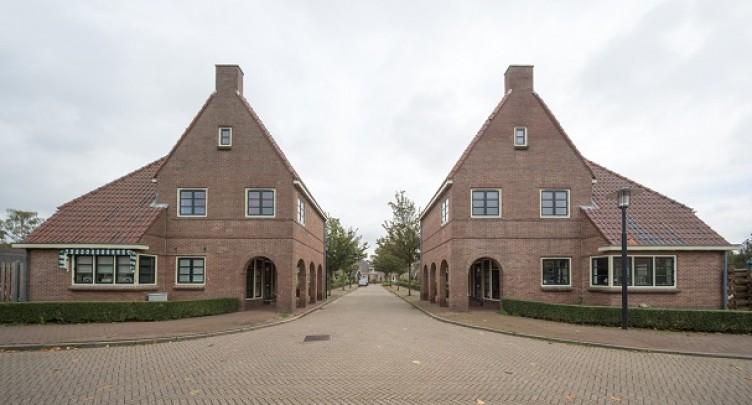 Tuindorp ENKA / Garden Village ENKA ( F.A. Eschauzier, P.J.W.J. van der Burgh )