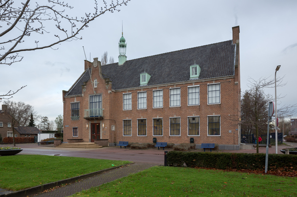 Gemeentehuis Spijkenisse / Town Hall Spijkenisse ( M.C.A. Meischke )