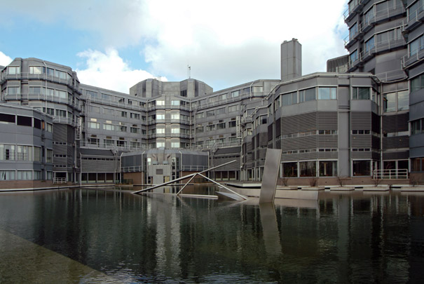 Ministerie van Onderwijs en Wetenschappen / Ministry of Education and Science ( Ph.M. Rosdorff )