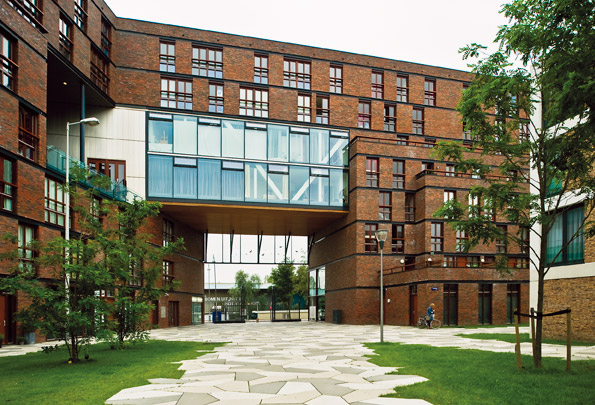 Woningbouw Funenpark / Housing Funenpark ( F.J. van Dongen (de Architekten Cie.) i.s.m. diverse architecten )