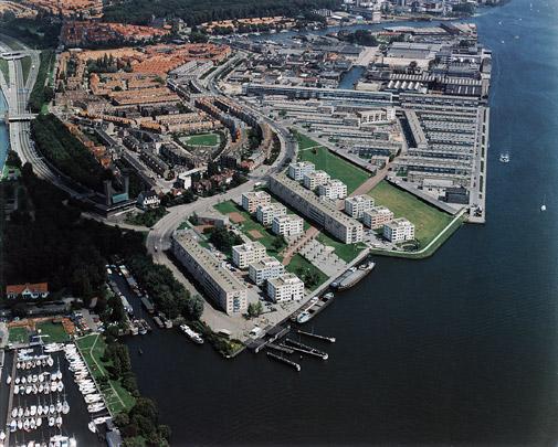 Stedenbouwkundig plan IJ-Plein / Urban Design IJ-Plein ( OMA )