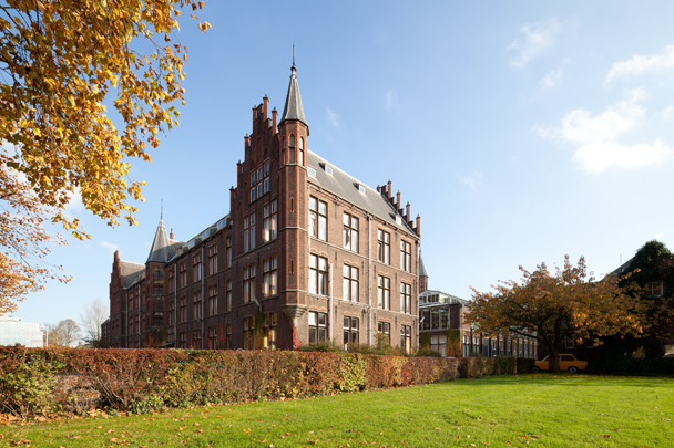 Faculteit Physica en Elektrotechniek TH Delft / Faculty Physics and Electrical Engineering TH Delft ( J. van Lokhorst )