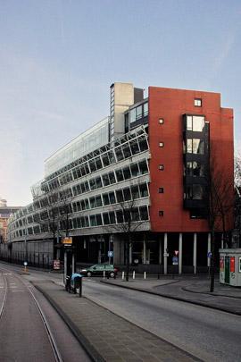 Woongebouw Haarlemmer Houttuinen / Housing Block Haarlemmer Houttuinen ( R.H.M. Uytenhaak )