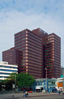 Hoogbouwzone Rotterdam / High-Rise Zone Rotterdam ( Diverse architecten )
