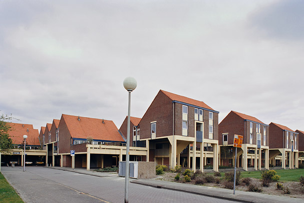 Woningbouw De Kasbah / Housing De Kasbah ( P. Blom )