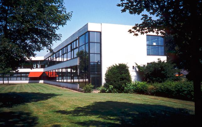Gemeentelijke Scholengemeenschap Doetinchem / Municipal School Doetinchem ( Rietveld Van Dillen Van Tricht )