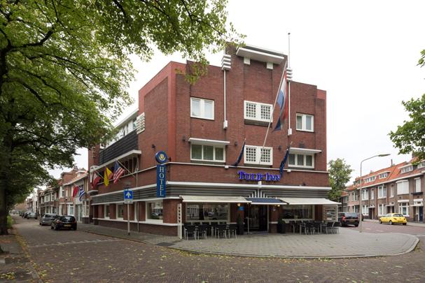 Hotel De Schelde / Hotel De Schelde ( F.J. Rampart )