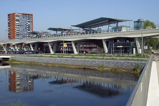 Metrostation Nesselande / Metro Station Nesselande ( H. Moor )