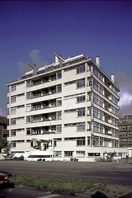 Nirwana-Flat / Nirwana Apartment Building ( J. Duiker, J.G. Wiebenga )