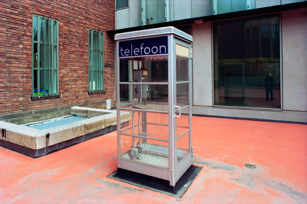 Telefooncel Den Haag / Call Box The Hague ( Brinkman & Van der Vlugt )