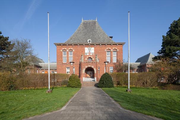 Raadhuis Leidschendam / Town Hall Leidschendam ( A.J. Kropholler )