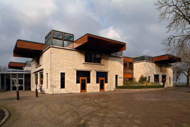 Raadhuis Ter Aar  / Town Hall Ter Aar  ( J. van Stigt )