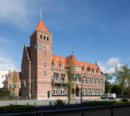 Raadhuis Zeist / Town Hall Zeist ( J. Stuivinga )