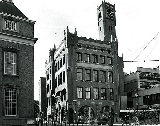 Kantoorgebouw De Nederlanden van 1845 Den Haag (Kerkplein) / Office Building De Nederlanden van 1845 Den Haag (Kerkplein) ( H.P. Berlage )