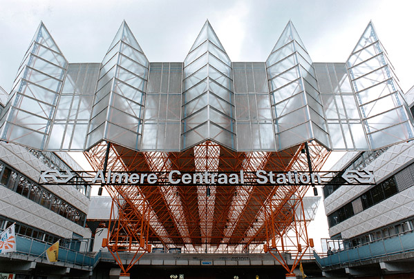 Station Almere / Station Almere ( P.A.M. Kilsdonk )