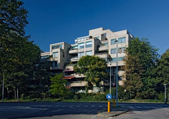 Woongebouw Couperusduin / Housing Block Couperusduin ( Sj. Schamhart, J. van Beek )