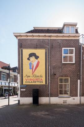 Miss Blanche Reclamebord  / Miss Blanche Advertisement ( V. Huszár )