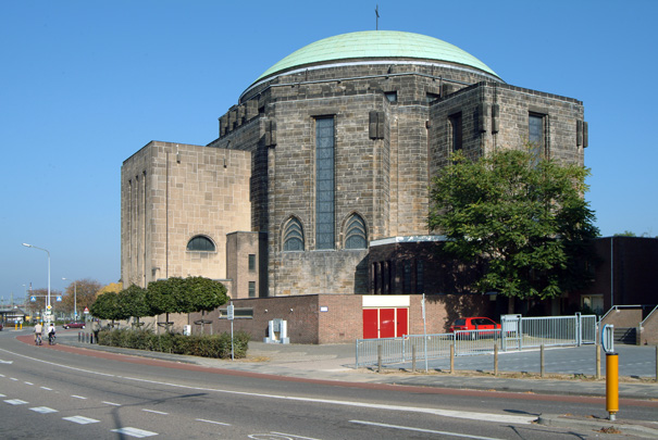 RK kerk H. Hart van Jezus Maastricht (Koepelkerk) / Roman Catholic Church Maastricht (Koepelkerk) ( A.J.N. Boosten, J.N.C. Ritzen )