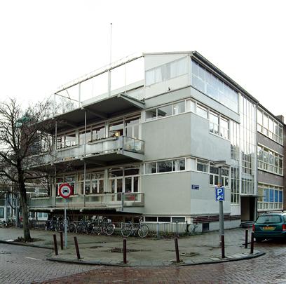 Montessorischool Amsterdam / Montessori School Amsterdam ( W. van Tijen, M.A. Stam, C.I.A. Stam-Beese )
