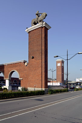 Station Nijmegen / Station Nijmegen ( S. van Ravesteyn )