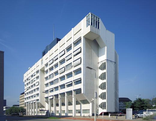 Kantoorgebouw Moret & Limperg Rotterdam / Office Building Moret & Limperg Rotterdam ( J. Hoogstad )