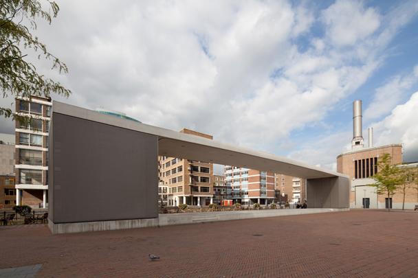 Stadspodium Grotekerkplein / Open-Air Stage Grotekerkplein ( Kempe Thill )