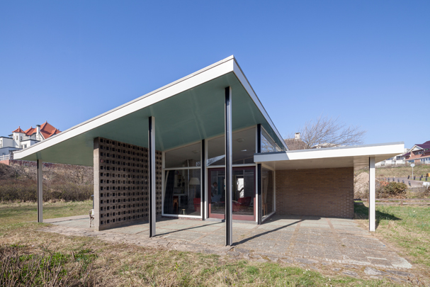 Vakantiehuis Hamburger / Holiday Residence Hamburger ( G.Th. Rietveld )
