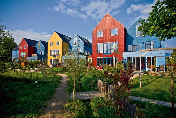 Eco-wijk Lanxmeer / Ecological District Lanxmeer ( J. Eble i.s.m. diverse architecten )