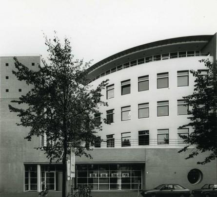 Kantoorgebouw Gemeentewerken Groningen / Office Building Gemeentewerken Groningen ( Karelse Van der Meer )
