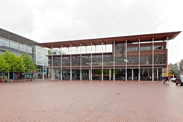 Bibliotheek Amstelveen / Library Amstelveen ( H.J.M. Ruijssenaars (de Architectengroep) )