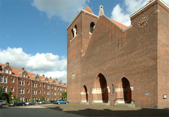 RK kerk H.H. Martelaren van Gorcum / Linnaeushof / Roman Catholic Church / Housing Linnaeushof ( A.J. Kropholler )