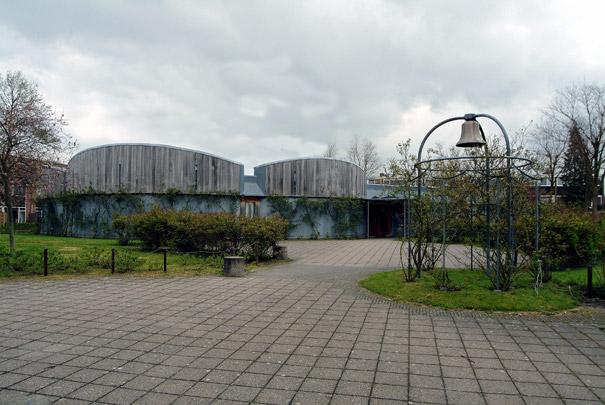 Maranathakerk  Deventer / Maranatha Church Deventer ( A.E. & H. van Eyck )