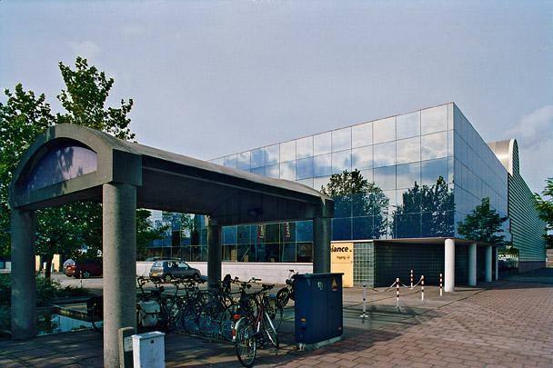 Bedrijfsgebouw Lumiance / Industrial Building Lumiance ( M.A.A. van Schijndel )