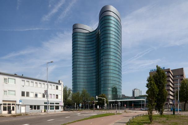 Hoofdkantoor RABO-bank (Uitbreiding) / Headquarters RABO-bank (Extension) ( R.A.L.M. Ligtvoet (Kraaijvanger Urbis) )