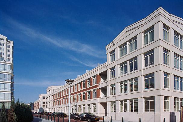Woningbouw Burgemeester de Monchyplein / Housing Burgemeester de Monchyplein ( R. Bofill (Taller de Arquitectura) )