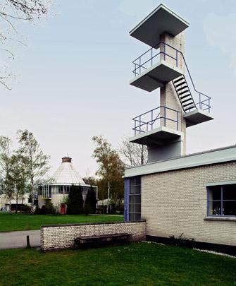 Bio-Herstellingsoord / Sanatorium ( J.J.P. Oud )