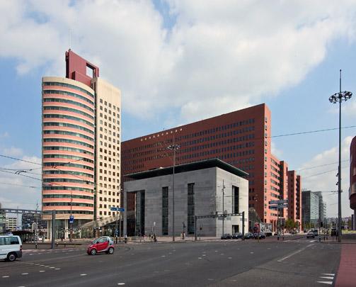 Kantoorgebouw Wilhelminahof / Office Building Wilhelminahof ( C.G. Dam, Kraaijvanger Urbis )