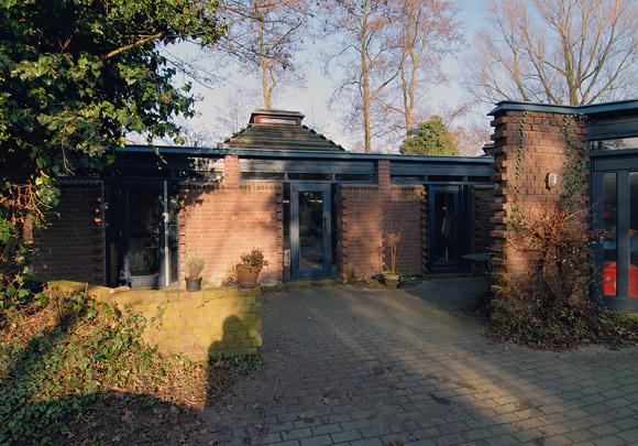 Eigen woonhuis Verhoeven / Own House Verhoeven ( J. Verhoeven )