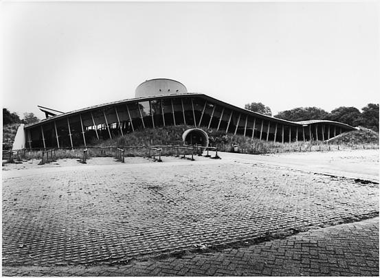 Bezoekerscentrum De Hoep / Information Centre De Hoep ( Min 2 bouw-kunst )